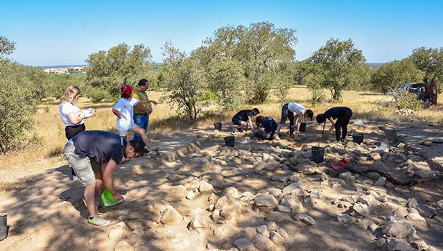 EscavaesarqueolgicasdecorremnoConcelhodeMora_C_0_1591346189.
