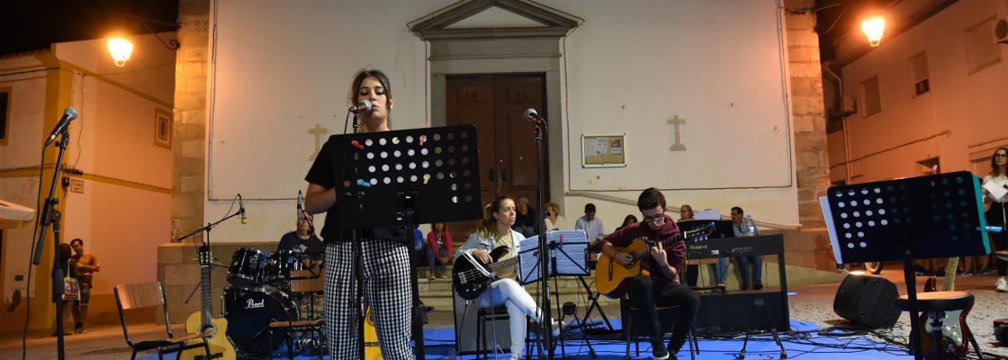 EscoladeMsicaaniversrioeencerramentodeano_F_10_1591346207.