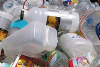 Plástico e Metais