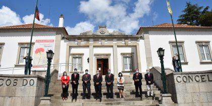 Hastear de bandeiras no Concelho de Mora assinala 47 anos da Revolução dos Cravos