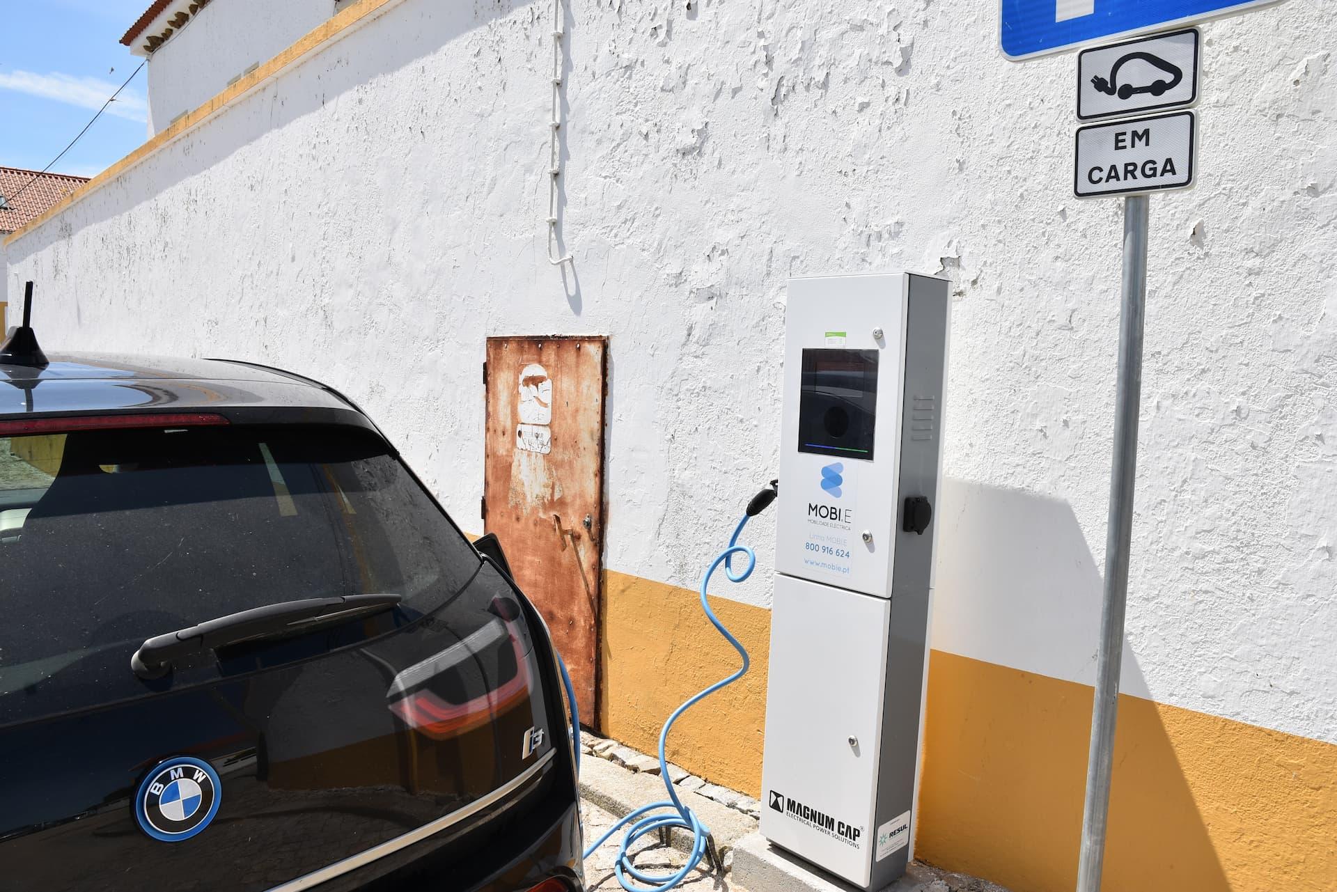 Veículos elétricos já carregam no Concelho de Mora