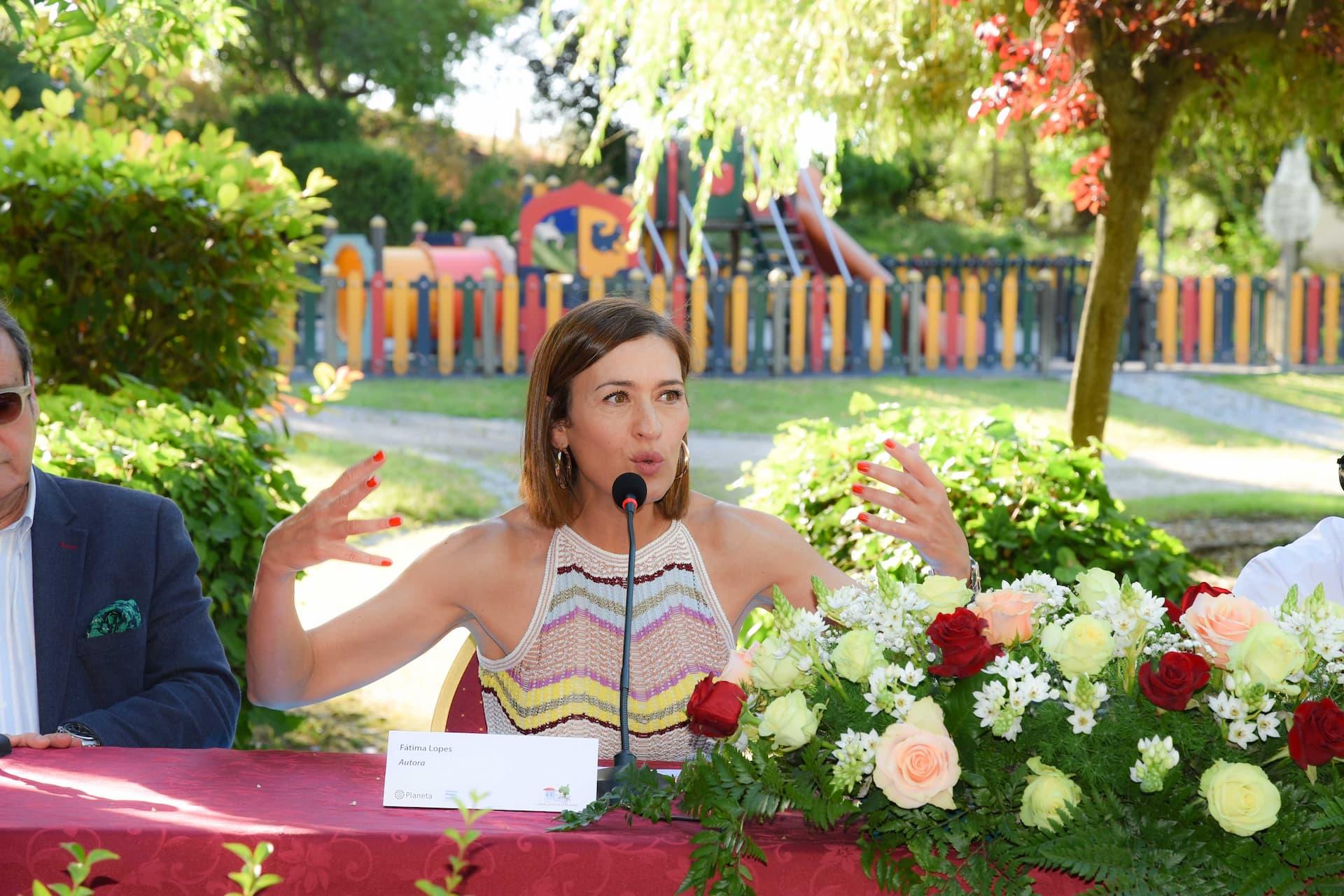 Fátima Lopes apresentou livro em Mora