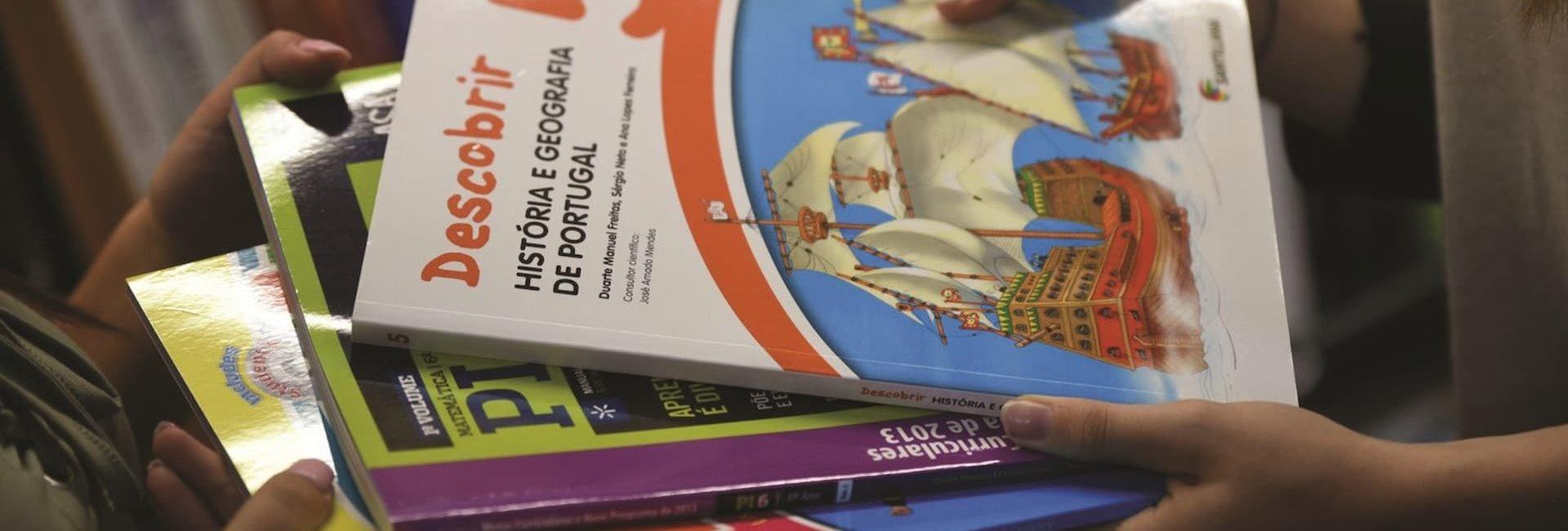 Câmara Municipal de Mora assegura livros de fichas para todos os alunos do Concelho